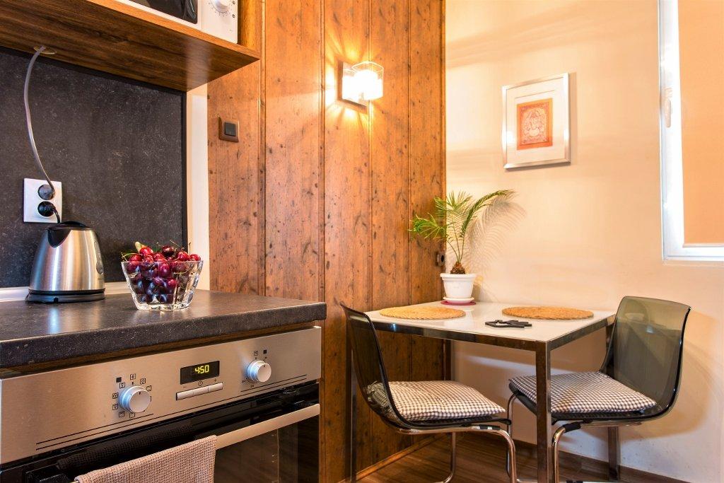 one bedroom apartment kitchen renovation