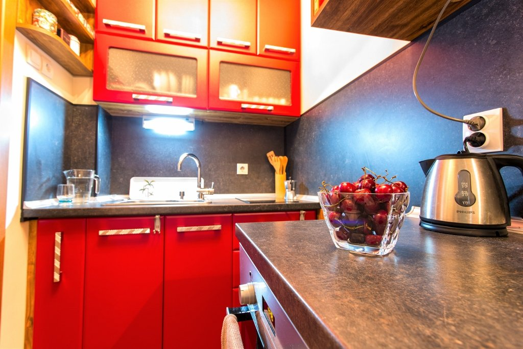 small spaces kitchen removation